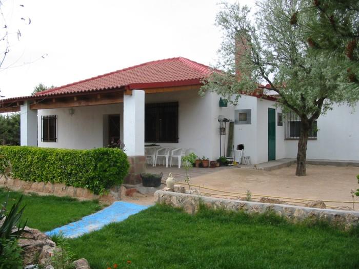 Umgestion inmobiliria y promotora for Fachada casa campo